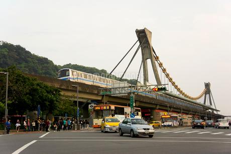 夕暮れの剣潭駅 台湾の写真素材 [FYI01972802]