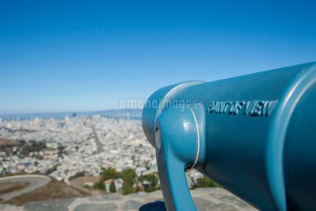 ツインピークスの双眼鏡 サンフランシスコ アメリカの写真素材 [FYI01972929]