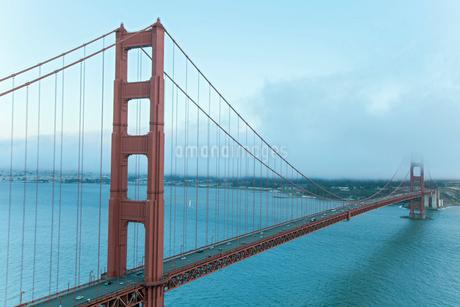ゴールデンゲートブリッジ サンフランシスコ アメリカの写真素材 [FYI01976508]