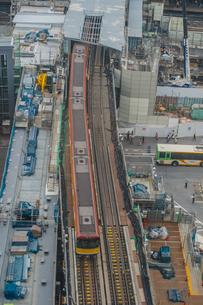 工事中の渋谷駅東口と銀座線の写真素材 [FYI01979068]