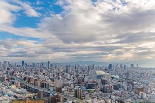 弁天町から望む大阪市街地の写真素材 [FYI01979312]