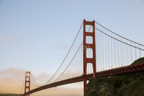 ゴールデンゲートブリッジ サンフランシスコ アメリカの写真素材 [FYI01982000]