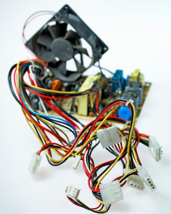 Wires from broken electrical deviceの写真素材 [FYI01983176]