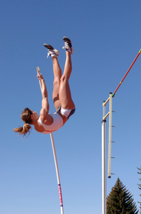 Female athlete pole vaultingの写真素材 [FYI01984715]