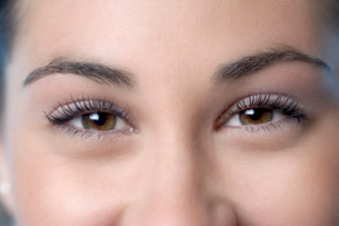 Close up of woman t eyesの写真素材 [FYI01985961]