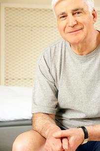 Older man smilingの写真素材 [FYI01986955]