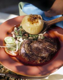 Steak and vegetablesの写真素材 [FYI01988206]