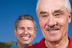 Men smilingの写真素材 [FYI01989445]