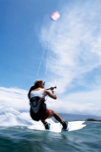 Man wakeboardingの写真素材 [FYI01990865]