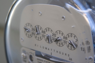Close up of an electrical meterの写真素材 [FYI01991349]