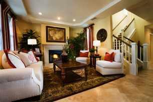 Warm, Cozy Living Room with Fireplaceの写真素材 [FYI01991565]