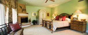 Panoramic of Beach Style Master Bedroomの写真素材 [FYI01991942]