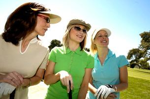 Female golfersの写真素材 [FYI01992101]