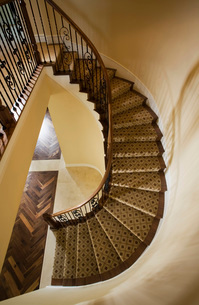 Carpeted Windeing Staircaseの写真素材 [FYI01993744]