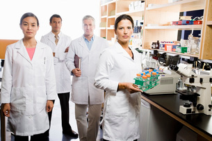 scientists in laboratoryの写真素材 [FYI01994023]