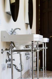 Contemproary Bathroom Sinkの写真素材 [FYI01994062]