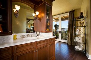 Vanity in Master Bathroomの写真素材 [FYI01994367]
