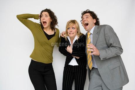 people shouting in fearの写真素材 [FYI01994543]