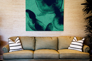 Cozy Sofa with Large Paintingの写真素材 [FYI01995930]