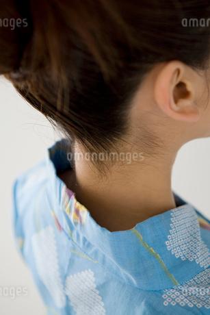 浴衣女性のうなじの写真素材 [FYI01996132]