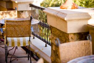Outdoor Seating on Balconyの写真素材 [FYI01996905]