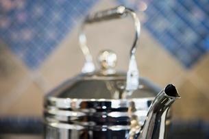 Detail of metallic kettleの写真素材 [FYI01997123]