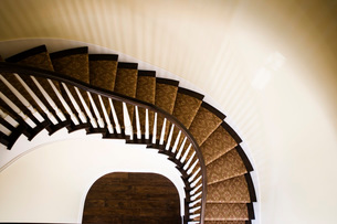 Elegant Winding Staircaseの写真素材 [FYI01997273]