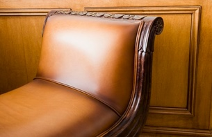 Leather reclining sofaの写真素材 [FYI01997580]
