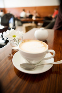 Close up of cappuccinoの写真素材 [FYI01997870]