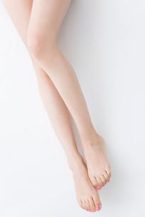 女性の脚の写真素材 [FYI02006888]