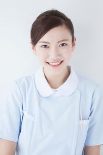 笑顔の看護師の写真素材 [FYI02007589]
