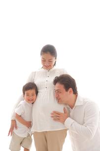 親子3人の写真素材 [FYI02013326]