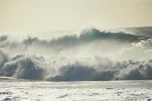 波の写真素材 [FYI02015205]