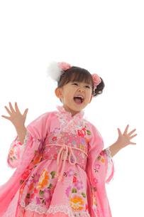 七五三祝いの女の子の写真素材 [FYI02017660]
