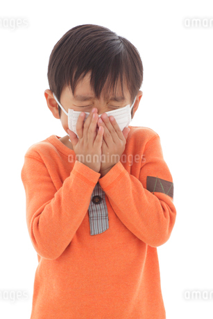 体調不良の男の子の写真素材 [FYI02022069]