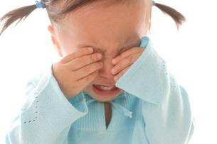 泣き顔の女の子の写真素材 [FYI02030161]