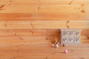 木の部屋の合成向け背景素材の写真素材 [FYI02030309]