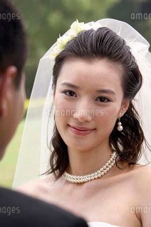 結婚式の花嫁と花婿の写真素材 [FYI02032549]