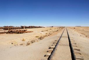 廃線となった線路の写真素材 [FYI02033783]