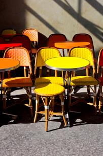 パリのカフェテラスの写真素材 [FYI02035135]