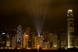 香港100万ドルの夜景の写真素材 [FYI02038293]