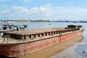 廃棄された船の写真素材 [FYI02038369]