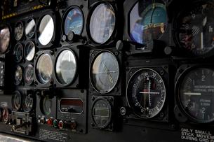 ヘリコプターの機器類の写真素材 [FYI02038530]