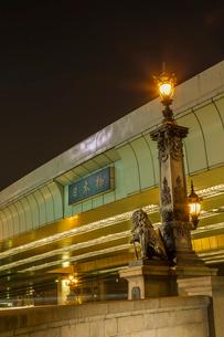 夜の日本橋の写真素材 [FYI02038949]