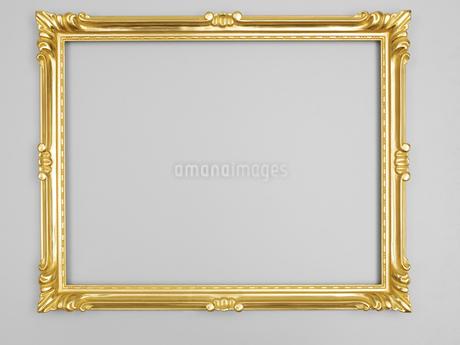 金色の額縁の写真素材 [FYI02042819]