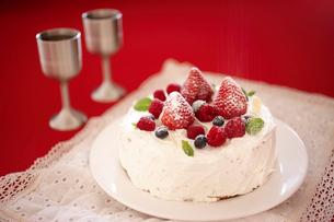デコレーションケーキの写真素材 [FYI02043131]