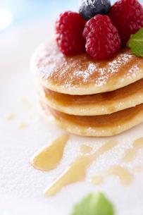 パンケーキのアップの写真素材 [FYI02043675]