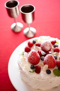 デコレーションケーキの写真素材 [FYI02044897]
