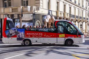 モナコの観光バスの写真素材 [FYI02045861]