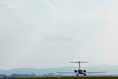 飛行場の飛行機の写真素材 [FYI02047316]